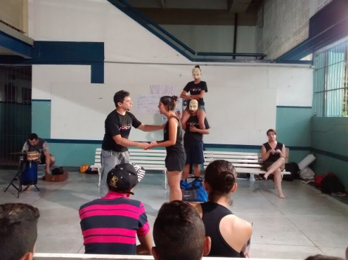 Coletivo Menelão na EE Raul Fonseca, 20nov2015.jpg